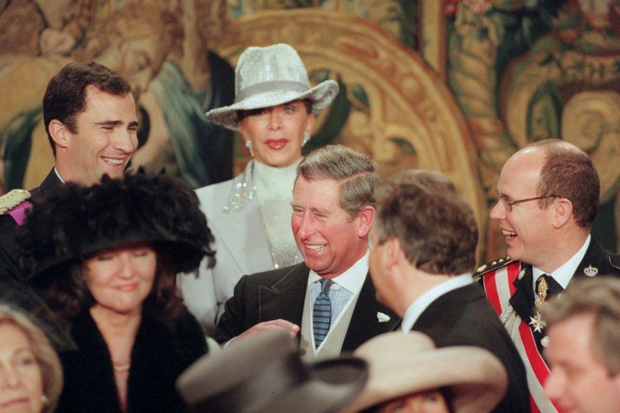 La prince Felipe d'Espagne, le prince Charles d'Angleterre et le prince Albert de Monaco, à Bruxelles le 4 décembre 1999