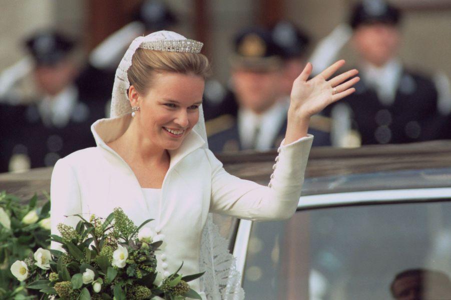 Mathilde d'Udekem d'Acoz, à Bruxelles le 4 décembre 1999, jour de son mariage avec le prince Philippe de Belgique