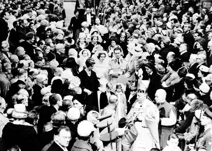 Mariage religieux du roi des Belges Baudouin et de Fabiola de Mora y Aragon, à Bruxelles 15 décembre 1960