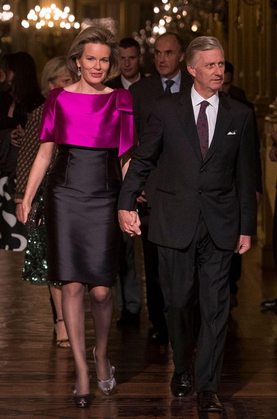 La reine Mathilde et le roi Philippe de Belgique au Palais royal à Bruxelles, le 19 octobre 2016