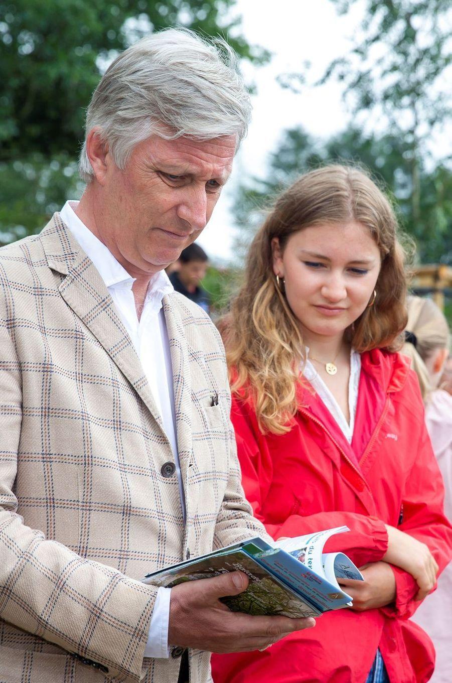 Le roi des Belges Philippe et la princesse héritière Elisabeth de Belgique à Botassart, le 28 juin 2020