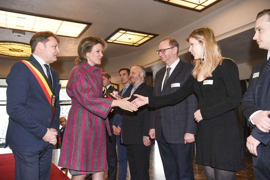La reine Mathilde de Belgique au Palais provincial de Mons, le 7 mars 2017