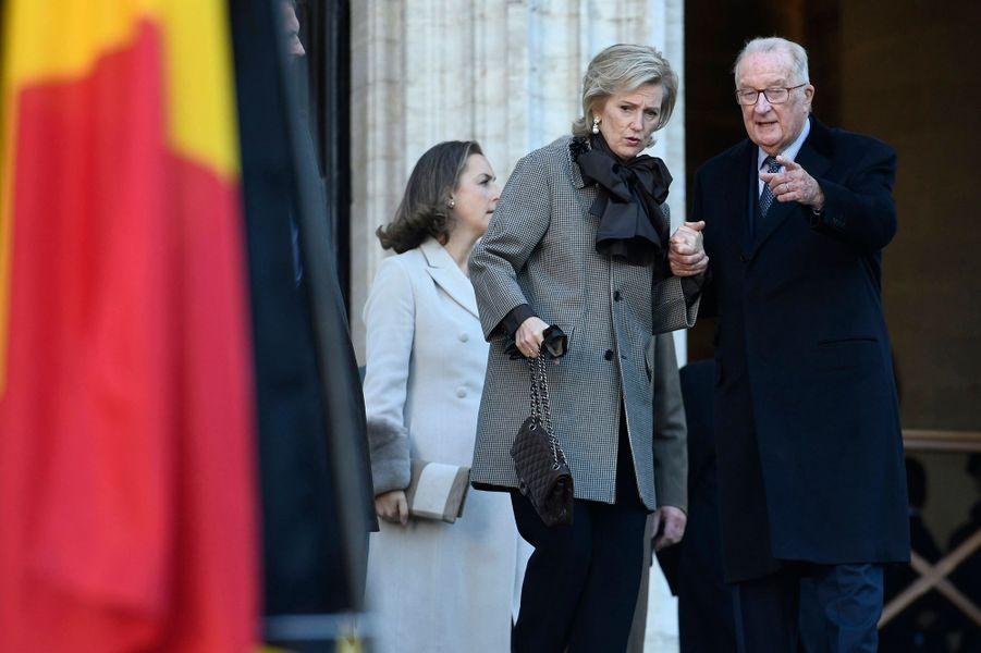 L'ancien roi des Belges Albert II, avec les princesses Astrid et Claire de Belgique, à Bruxelles le 15 novembre 2018