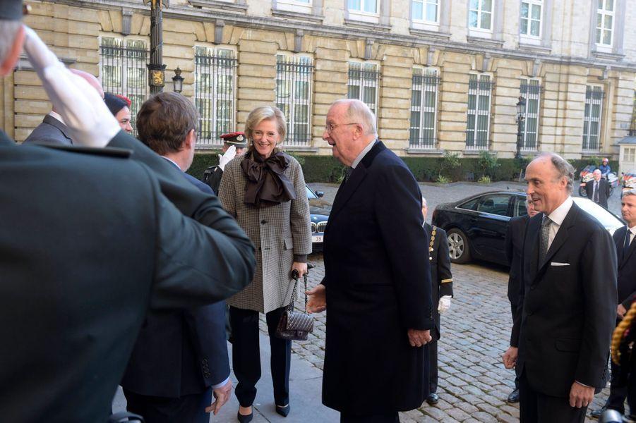 L'ancien roi des Belges Albert II, avec la princesse Astrid de Belgique et le prince Lorenz, à Bruxelles le 15 novembre 2018