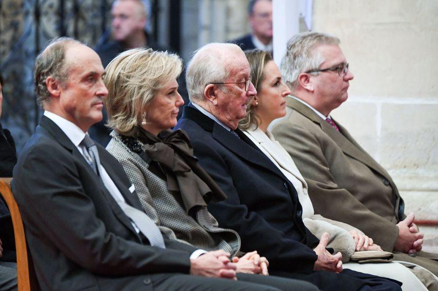 Le prince Lorenz, la princesse Astrid, l'ancien roi Albert II, la princesse Claire et le prince Laurent de Belgique à Bruxelles, le 15 novembre 2018