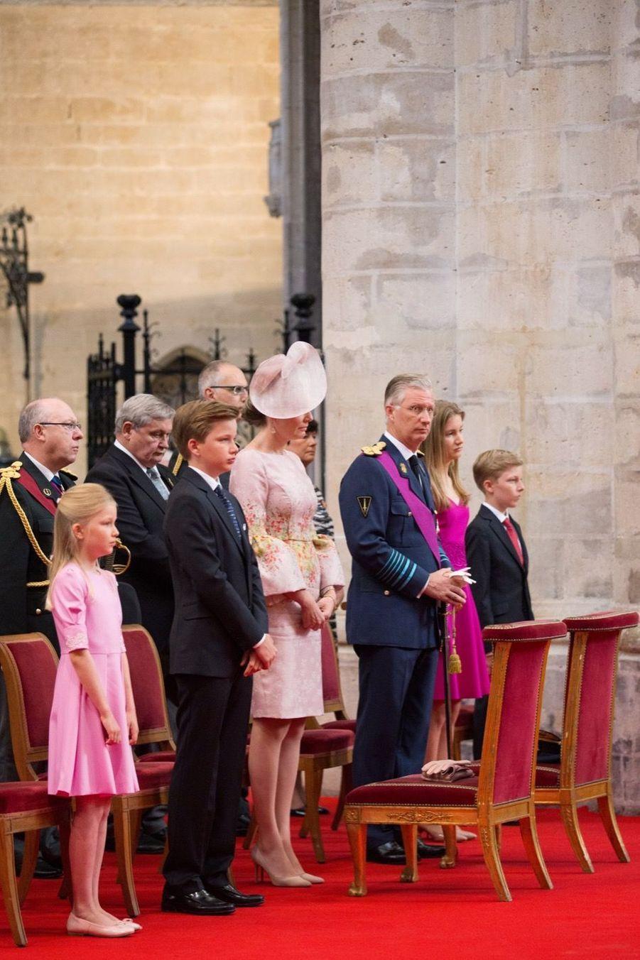 La Famille Royale Belge À La Cathédrale Saints Michel et Gudule De Bruxelles 16