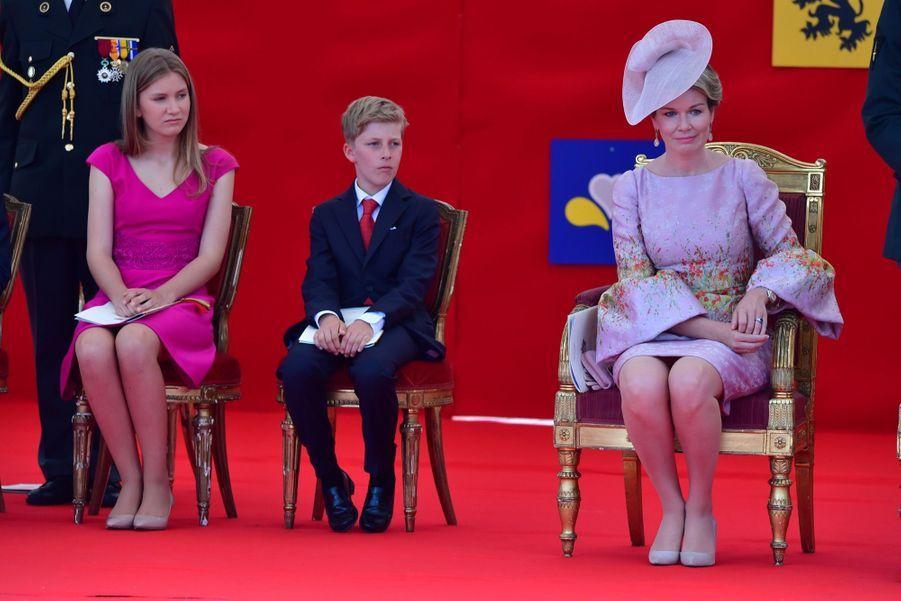 La Famille Royale Belge Au Défilé De La Fête Nationale 14