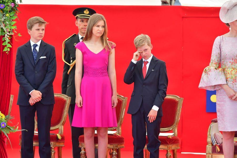 La Famille Royale Belge Au Défilé De La Fête Nationale 18