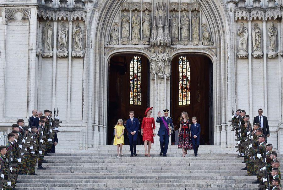 La Famille Royale Belge À La Cathédrale Saints Michel et Gudule De Bruxelles ( 10
