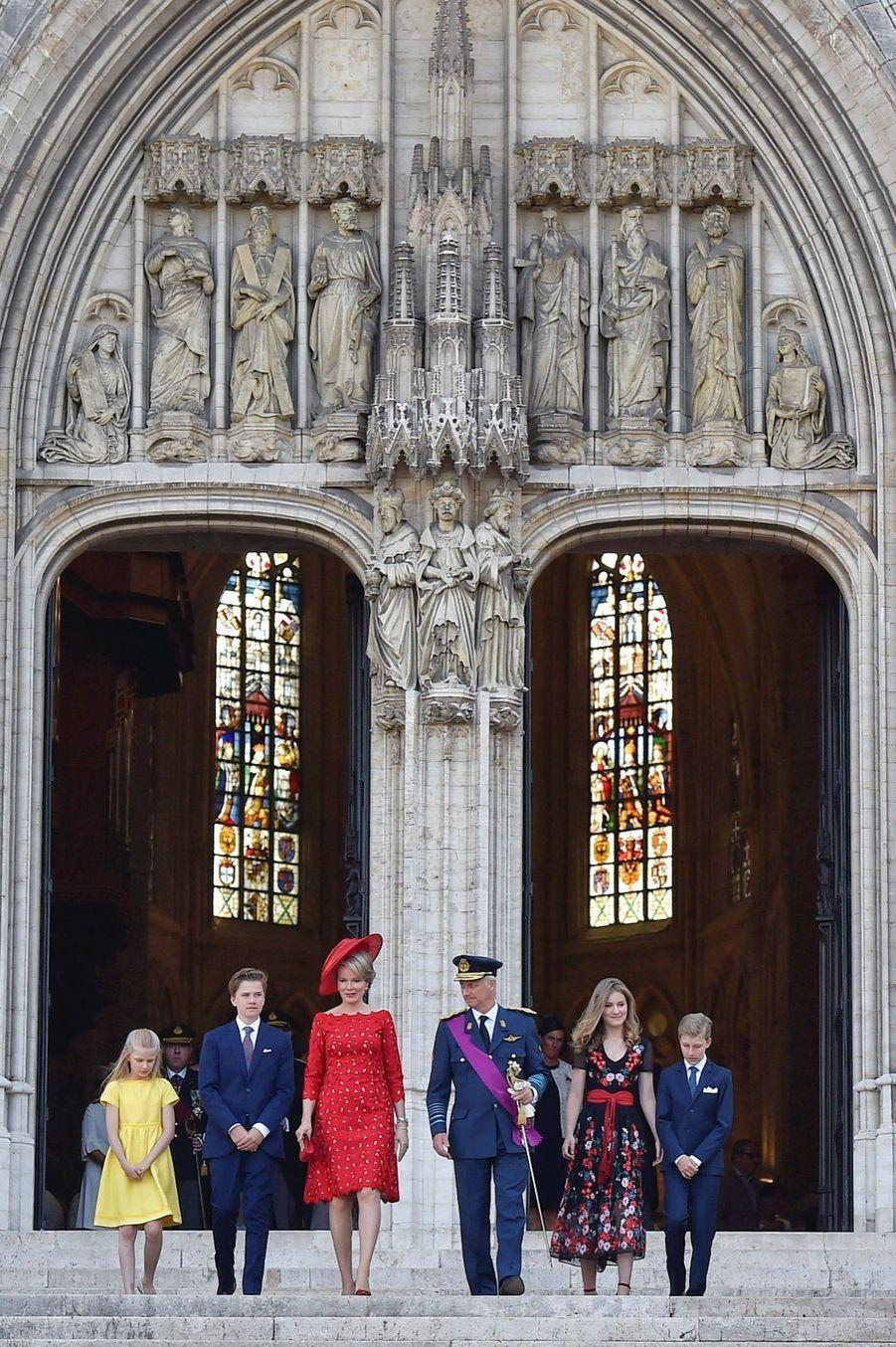 La Famille Royale Belge À La Cathédrale Saints Michel et Gudule De Bruxelles ( 8