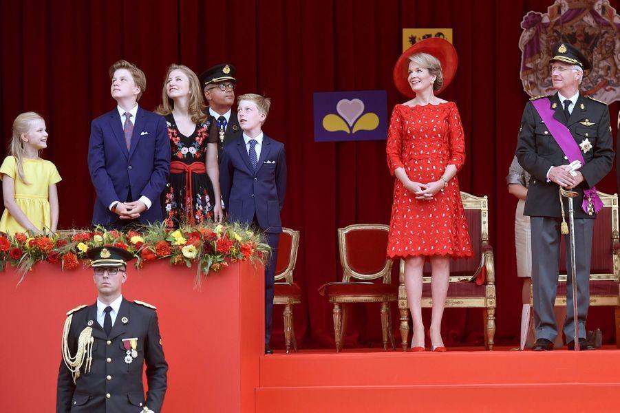 La Famille Royale Belge Au Défilé De La Fête Nationale ( 8