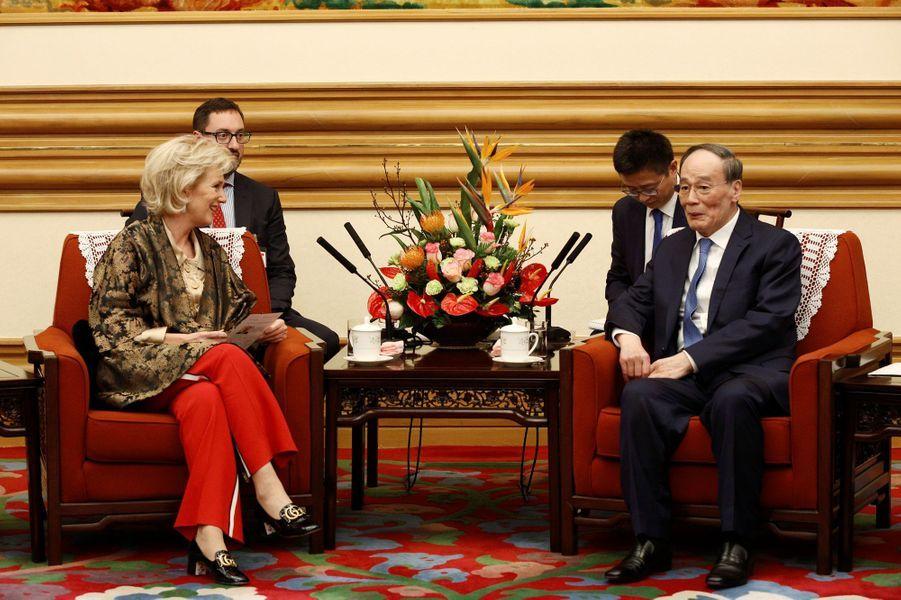 La princesse Astrid de Belgique avec le vice-président chinois Wang Qishan à Pékin, le 18 novembre 2019