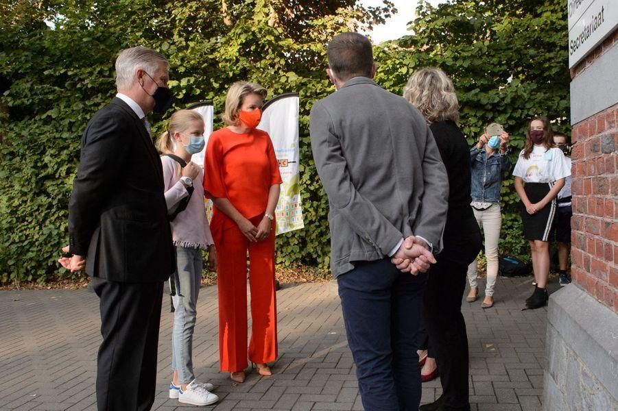 La princesse Eléonore de Belgique avec ses parents la reine Mathilde et le roi des Belges Philippe à Wezembeek-Oppem, le 1er septembre 2020