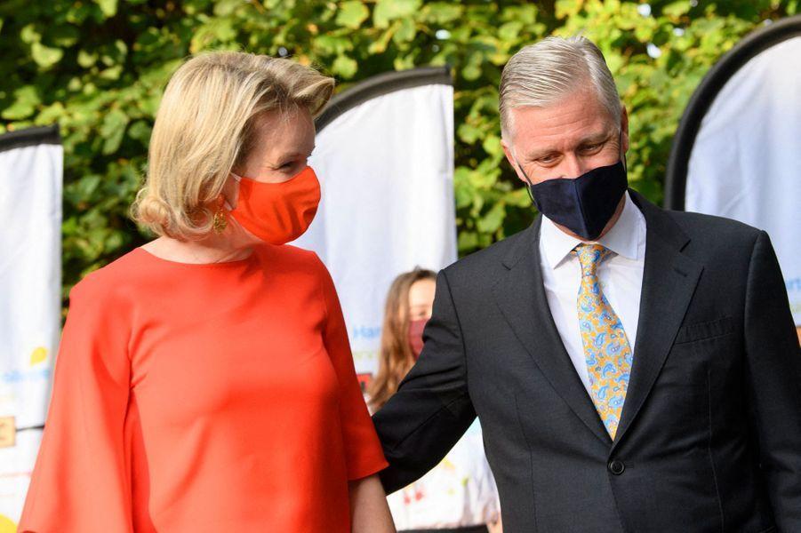 La reine Mathilde et le roi des Belges Philippe à Wezembeek-Oppem, le 1er septembre 2020