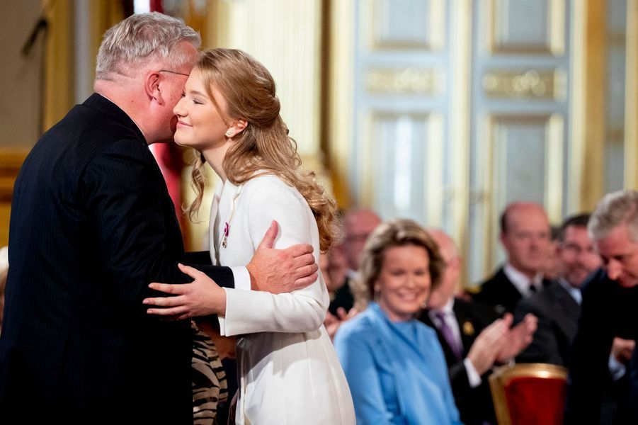 La princesse Elisabeth de Belgique avec son oncle le prince Laurent à Bruxelles, le 25 octobre 2019
