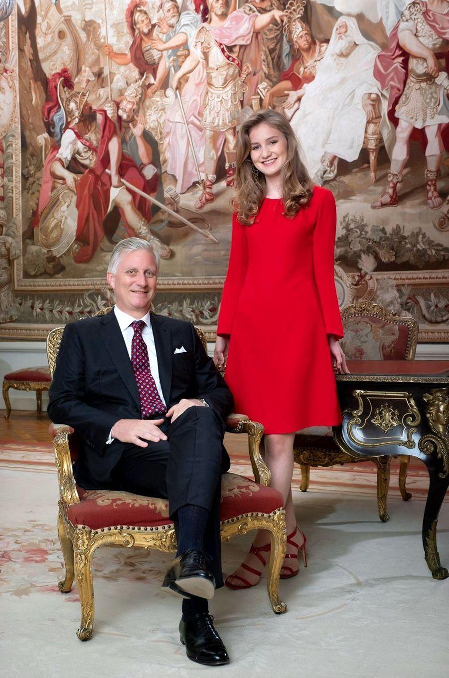 Portrait officiel de la princesse héritière Elisabeth de Belgique avec son père le roi des Belges Philippe, diffusé le 23 octobre 2019, deux jours avant ses 18 ans
