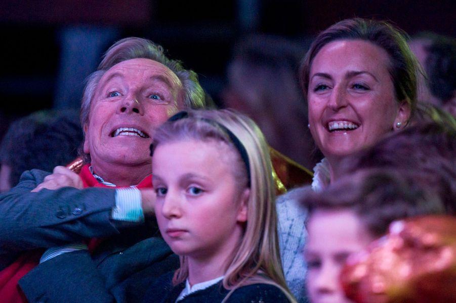 La princesse Louise et Claire de Belgique au cirque Bouglione à Bruxelles, le 5 décembre 2015