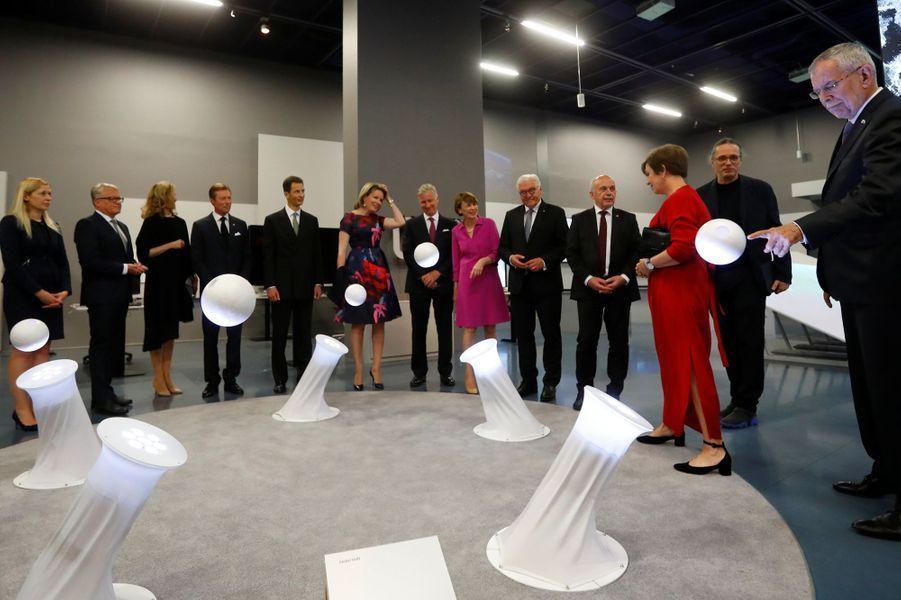 La reine Mathilde et le roi des Belges Philippe avec les chefs d'Etats germanophones et certains de leurs conjoints à Linz, le 3 juin 2019