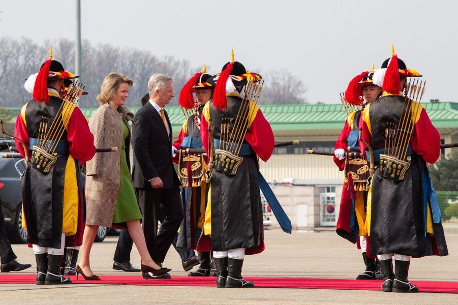 La reine Mathilde et le roi des Belges Philippe à Séoul, le 28 mars 2019