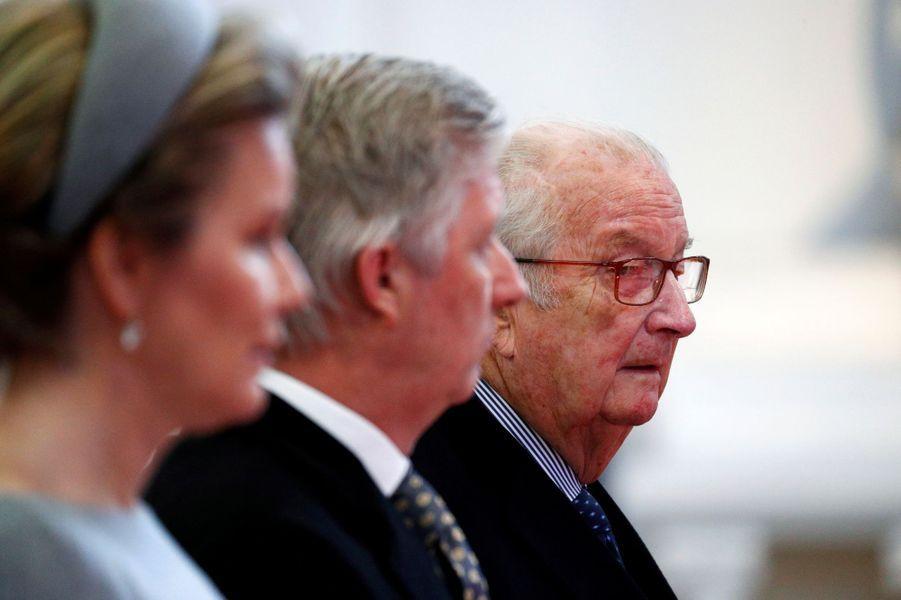 La reine Mathilde, le roi des Belges Philippe et l'ex-roi Albert II à Laeken, le 17 février 2020