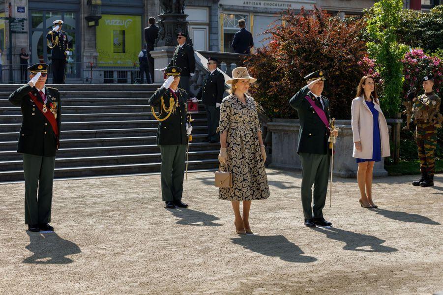 La reine Mathilde et le roi des Belges Philippe, lors de la cérémonie du 8 mai 2020 à Bruxelles