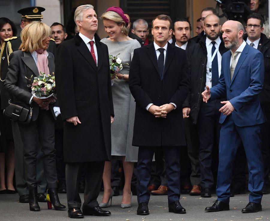 La reine Mathilde et le roi des Belges Philippe avec Brigitte et Emmanuel Macron, le 20 novembre 2018 à Molenbeek