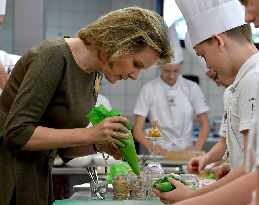 La reine Mathilde de Belgique à Koksijde, le 5 novembre 2019