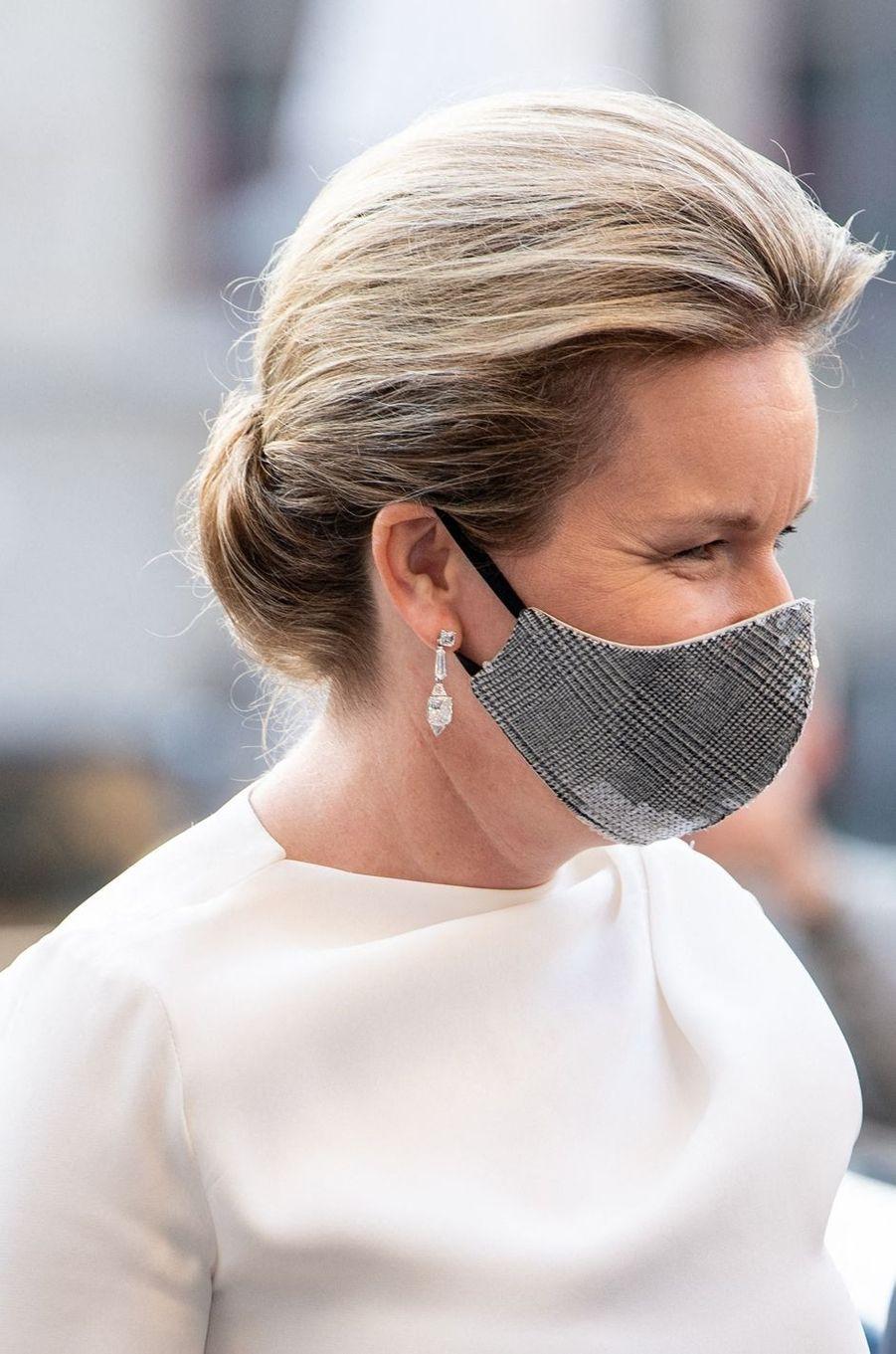 Le masque de la reine des Belges Mathilde à Gand, le 22 septembre 2020
