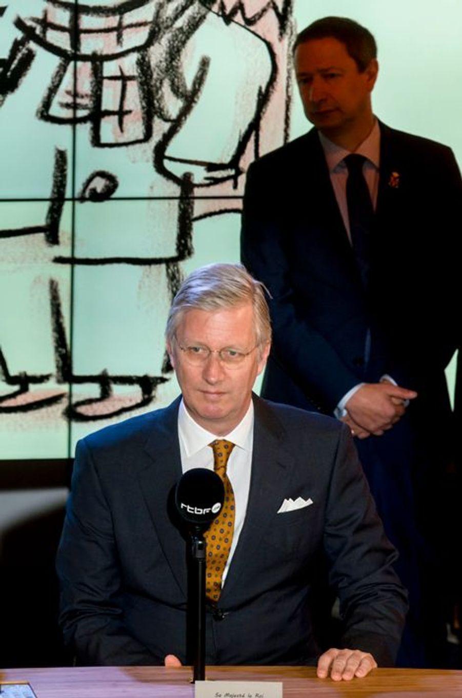 Le roi Philippe de Belgique dans les studios de la RTBF à Bruxelles, le 19 mars 2015