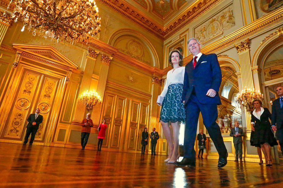 La reine Mathilde et le roi Philippe de Belgique au Palais royal à Bruxelles, le 28 janvier 2016