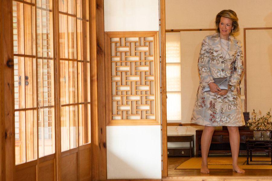 La reine des Belges Mathilde à Séoul en Corée du Sud, le 25 mars 2019