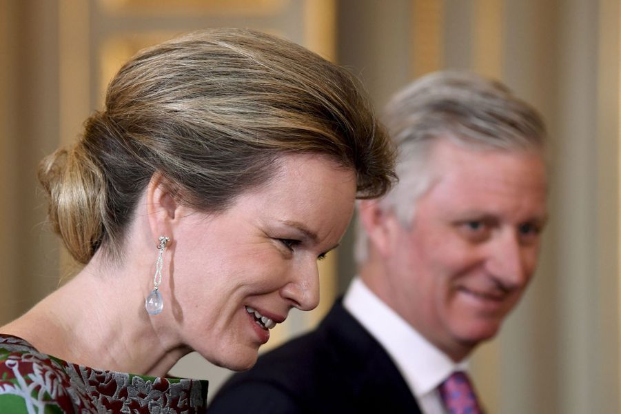 Les boucles d'oreille de la reine Mathilde à Bruxelles, le 14 janvier 2020