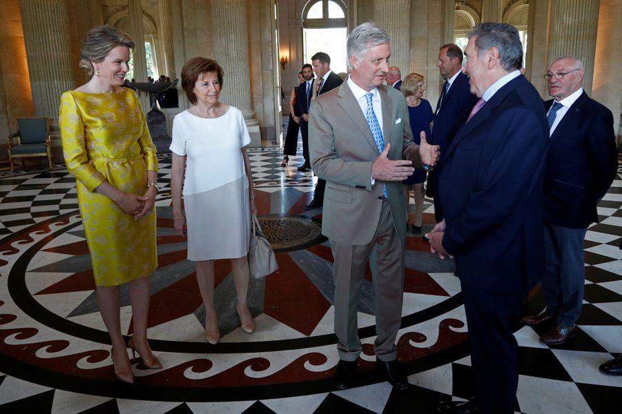 La reine Mathilde et le roi des Belges Philippe avec Eddy Merckx et sa femme à Bruxelles, le 5 juillet 2019