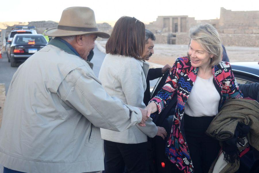 La reine des Belges Mathilde sur le site de Gizeh en Egypte, le 5 janvier 2019