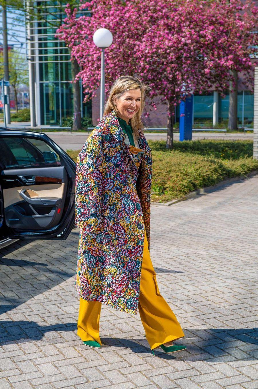 La reine Maxima des Pays-Bas à son arrivée à Enschede, le 16 avril 2020