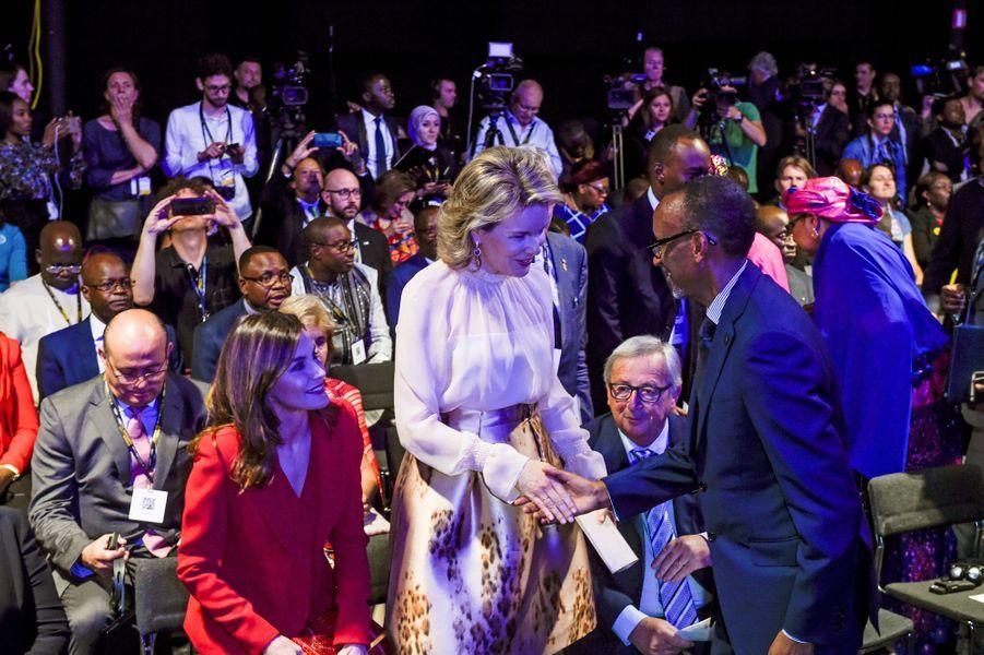 Les reines Letizia d'Espagne et Mathilde de Belgique avec Paul Kagame à Bruxelles, le 5 juin 2018