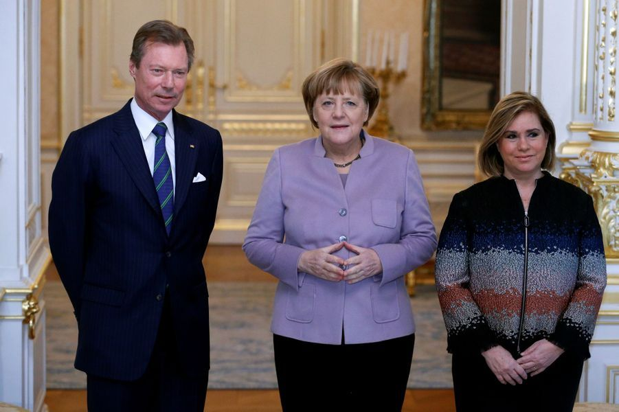 La grande-duchesse Maria Teresa et le grand-duc Henri de Luxembourg avec Angela Merkel à Luxembourg, le 12 janvier 2017