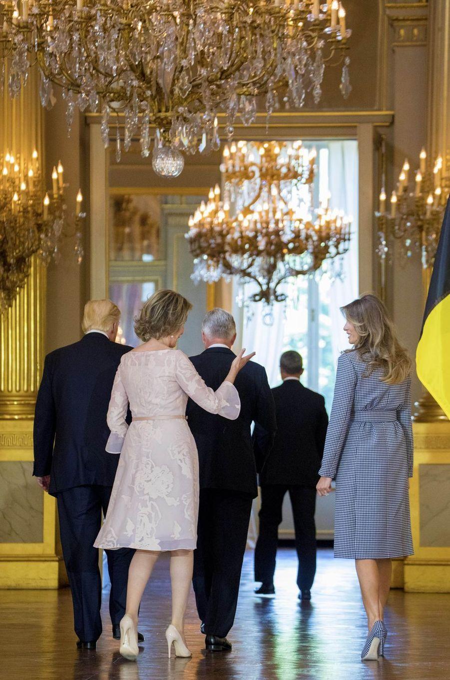 La reine Mathilde de Belgique et Melania Trump à Bruxelles, le 25 mai 2017