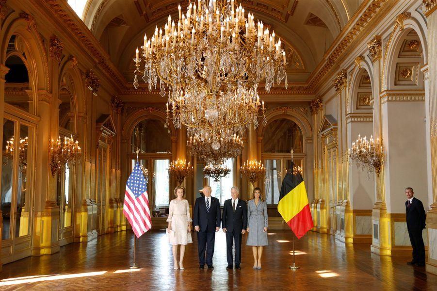 La reine Mathilde et le roi des Belges Philippe avec Donald et Melania Trump à Bruxelles, le 25 mai 2017