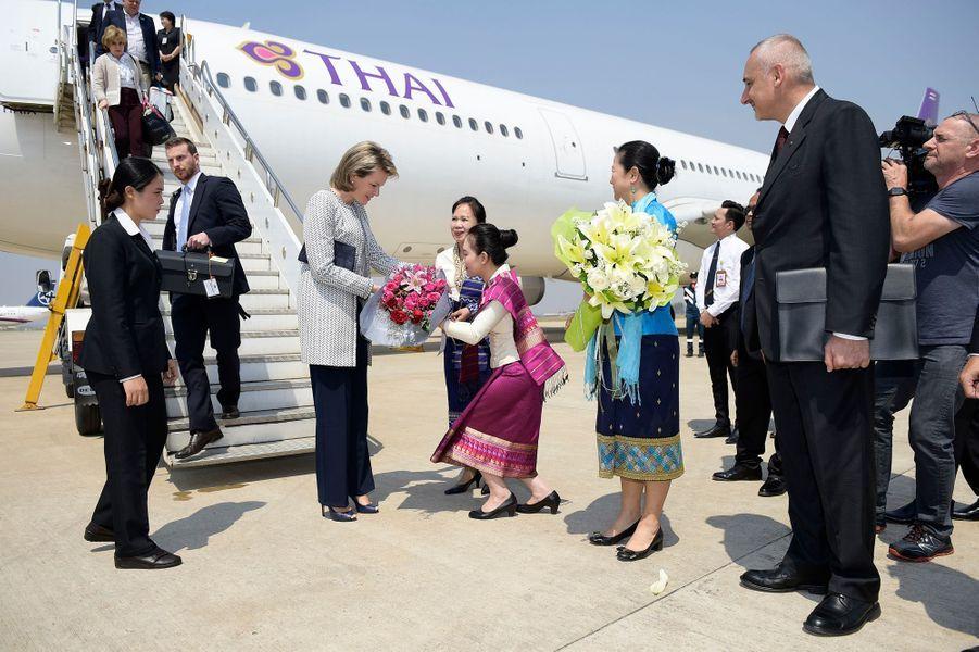 La reine Mathilde de Belgique à son arrivée à Vientiane au Laos le 20 février 2017