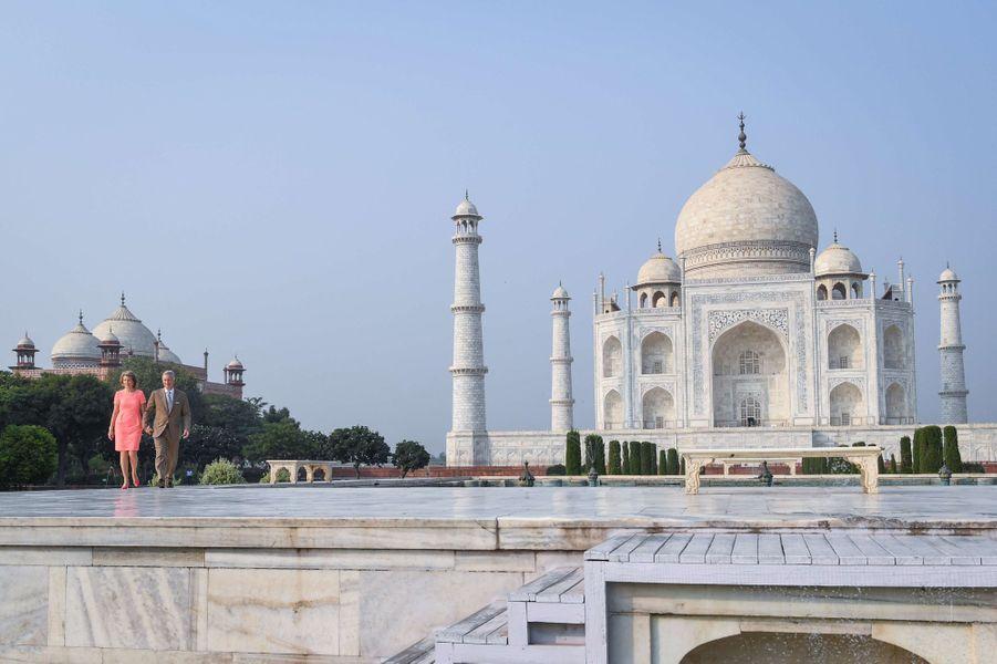 La reine Mathilde et le roi Philippe de Belgique au Taj Mahal à Agra, le 6 novembre 2017