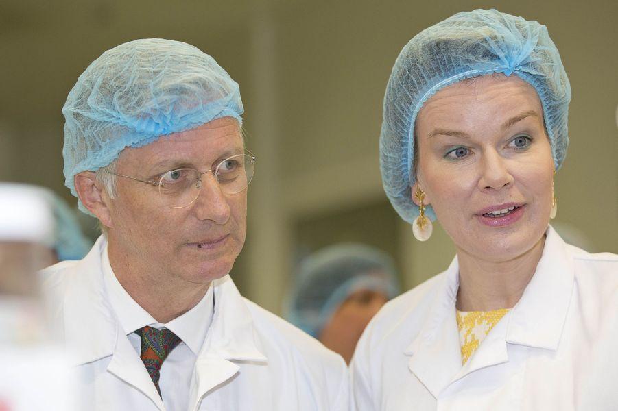 La reine Mathilde et le roi Philippe de Belgique à Temse, le 25 avril 2017