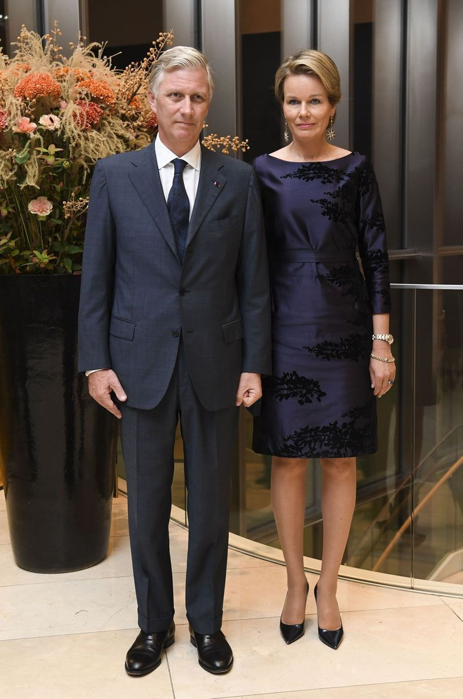 La reine Mathilde et le roi Philippe de Belgique à l'ambassade de Belgique à Tokyo, le 10 octobre 2016