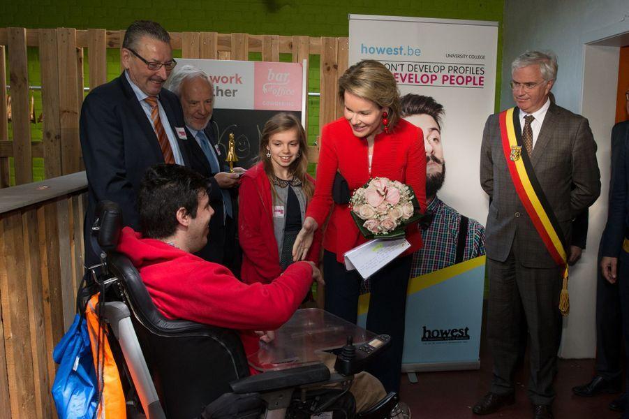 La reine Mathilde de Belgique à Courtrai, le 12 avril 2016