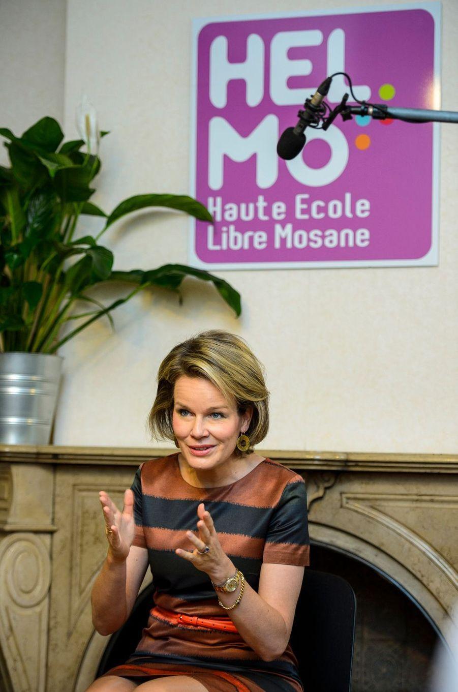 La reine Mathilde de Belgique à la Haute école libre Mosane à Liège, le 9 février 2017