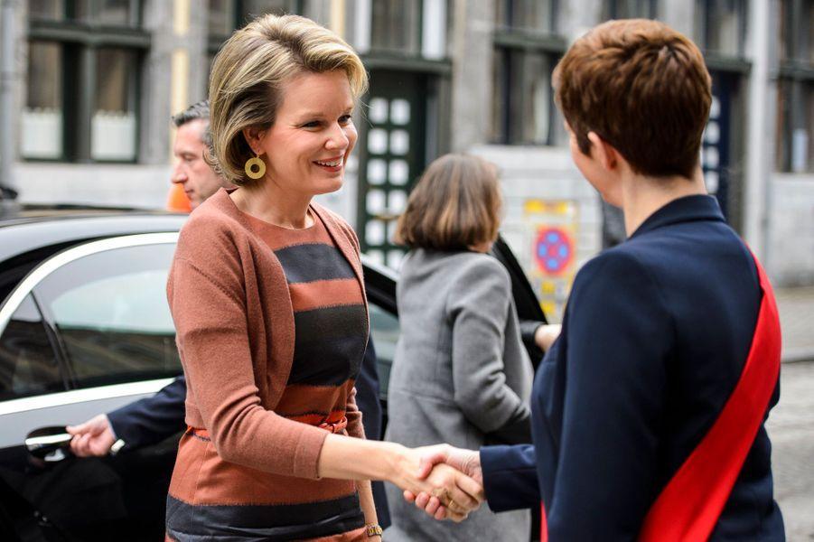 La reine Mathilde de Belgique à son arrivée à Liège, le 9 février 2017