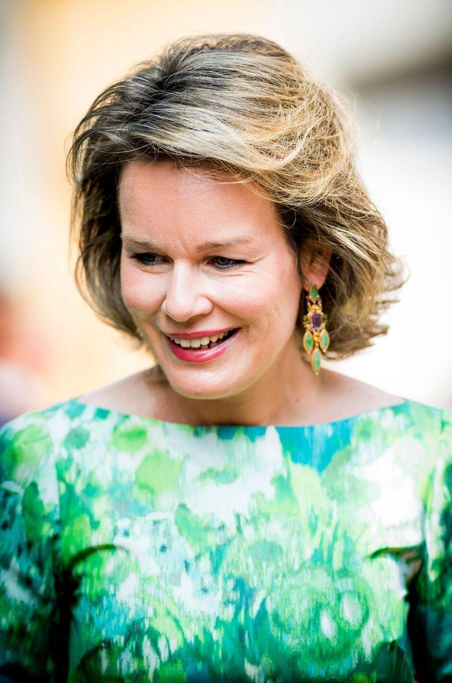 La reine Mathilde de Belgique à Sint-Amands, le 6 juin 2016