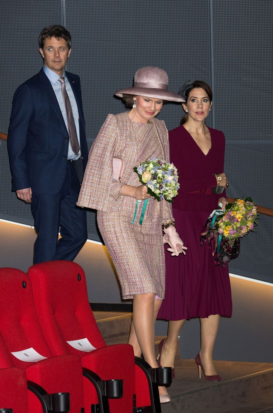 La reine Mathilde de Belgique avec la princesse Mary et le prince Frederik de Danemark à Copenhague, le 29 mars 2017