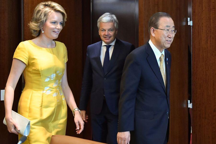 La reine Mathilde de Belgique avec Ban Ki-moon à l'ONU à New York, le 12 juillet 2016