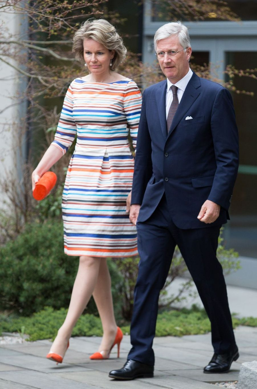 La reine Mathilde de Belgiquedans une robe Natan à New York, le 24 avril 2018